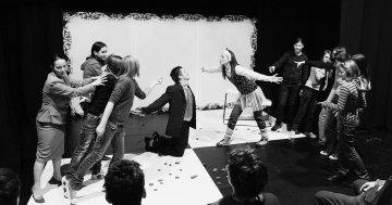 Jelenet a Káva Kulturális Műhely Bábok című előadásából - Sereglei András felvétele