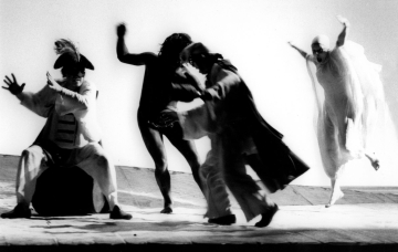 Jelenet A vihar című előadásból. Luigi Ciminaghi felvétele