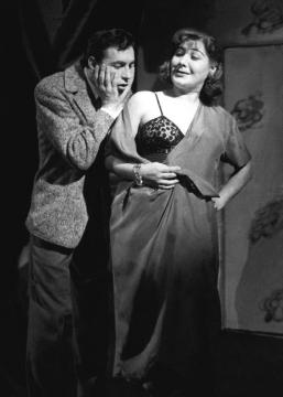 A tojásban (1957) Olthy Magdával. MTI – Keleti Éva