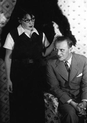 Bajor Gizi és Lehotay Árpád az Édes ellenség című darabban (1931)
