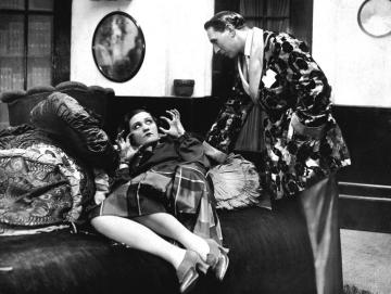 A Dr. Szabó Juci című színmű a Magyar Színházban (1926). Fotó: Harsányi