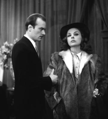 Szakáts Miklós és Mezei Mária a Takáts Alice című darabban (Pesti Színház, 1946). Kálmán Béla felvétele